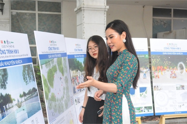 Hanoi seeking public opinion for zero-milestone construction