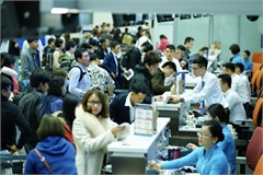 Passengers warned of airport overcrowding at Tet