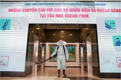 Hanoi buildings tighten control over coronavirus prevention