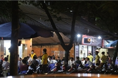 Many restaurants in Hanoi still open despite ban due to Covid-19 spread
