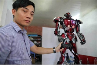 Made-in-Vietnam robot made from waste