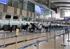 Noi Bai airport deserted amid new Covid-19 spread