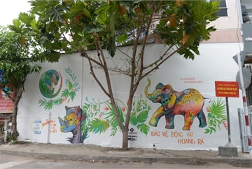 Graffiti campaign inspires wild animal protection