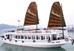 Ha Long tourist boat suspended for hidden camera in bathroom