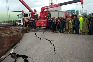 Road subsidence kills two in Thanh Hoa