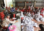 Traditional craft village busy ahead of Mid-Autumn Festival