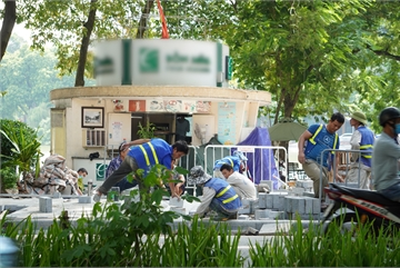 Facelift for Hoan Kiem Lake nears completion