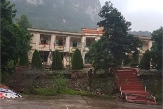 Cha Lo Border Gate Economic Zone broken after landslide