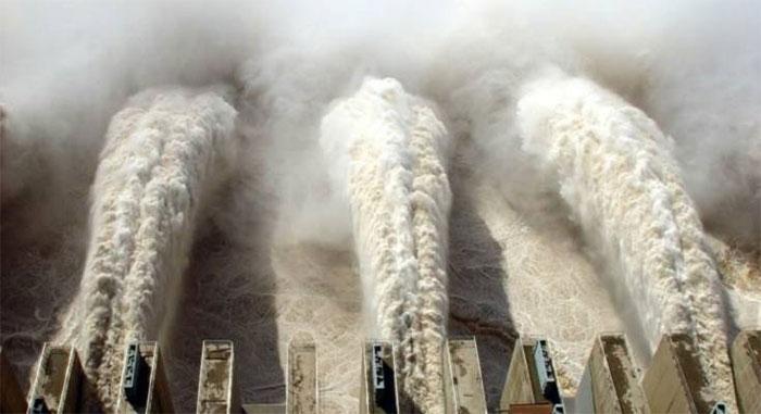 Siêu đập Tam Hiệp của Trung Quốc đối mặt thách thức lớn do thời tiết cực đoan.