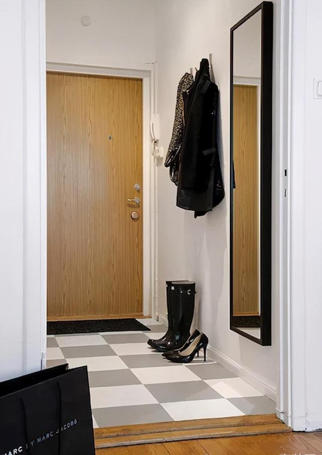 Cô gái sống độc thân trong căn phòng 30m2 nhưng tiện ích không ngờ - Hình 1
