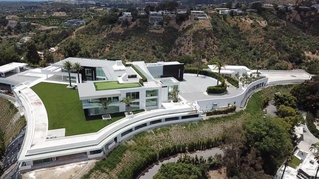 Hình ảnh bên trong căn nhà rộng nhất thế giới sau 8 năm xây bí mật - Hình 1