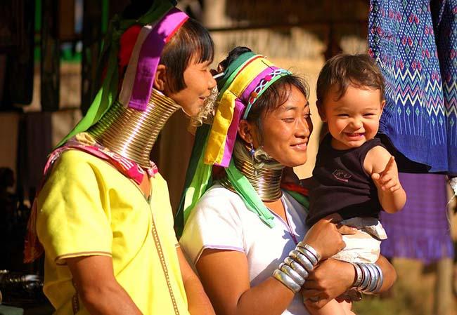 Gặp gỡ những người phụ nữ cổ dài cuối cùng ở Thái Lan - 3