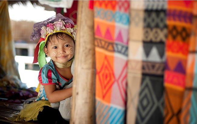 Gặp gỡ những người phụ nữ cổ dài cuối cùng ở Thái Lan - 2