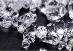 Khu chợ bên ngoài nghèo nàn, bên trong buôn bán kim cương như bán rau