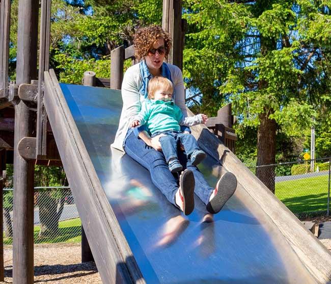 7 điều nguy hiểm con vẫn làm hằng ngày mà cha mẹ không hay biết - 4