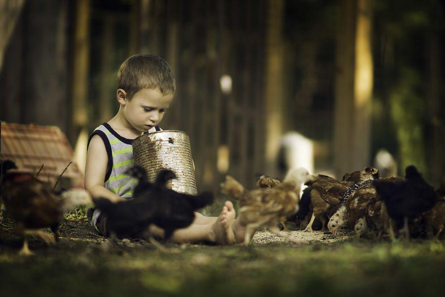 Bộ ảnh tuyệt đẹp về tuổi thơ trên nông trại - 10