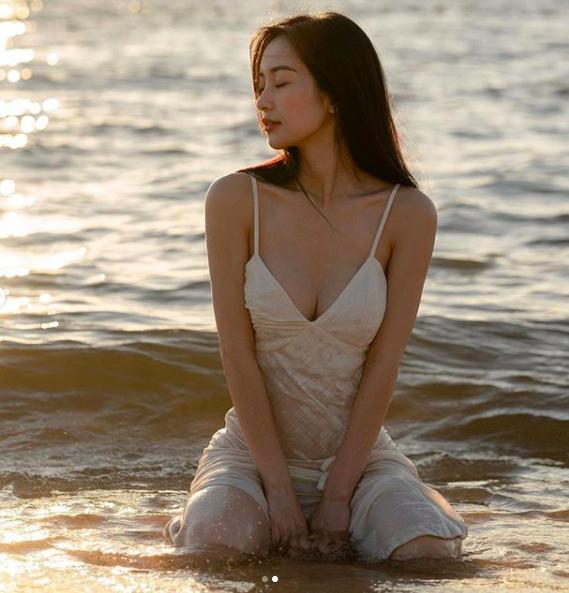 Hot girl Jun Vũ khoe tăng cân, ngày càng gợi cảm khi có da có thịt - 8
