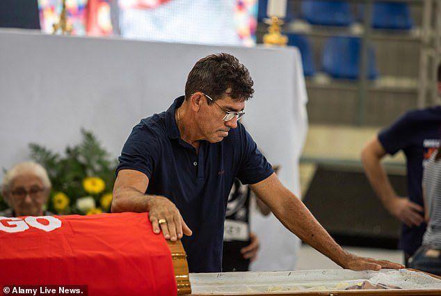 Ca sỹ Brazil chết vì tai nạn máy bay - 5