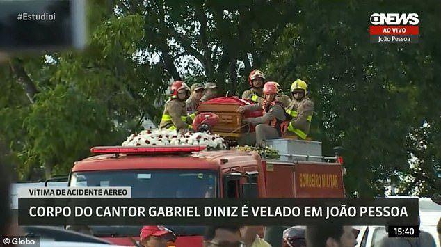 Ca sỹ Brazil chết vì tai nạn máy bay - 8
