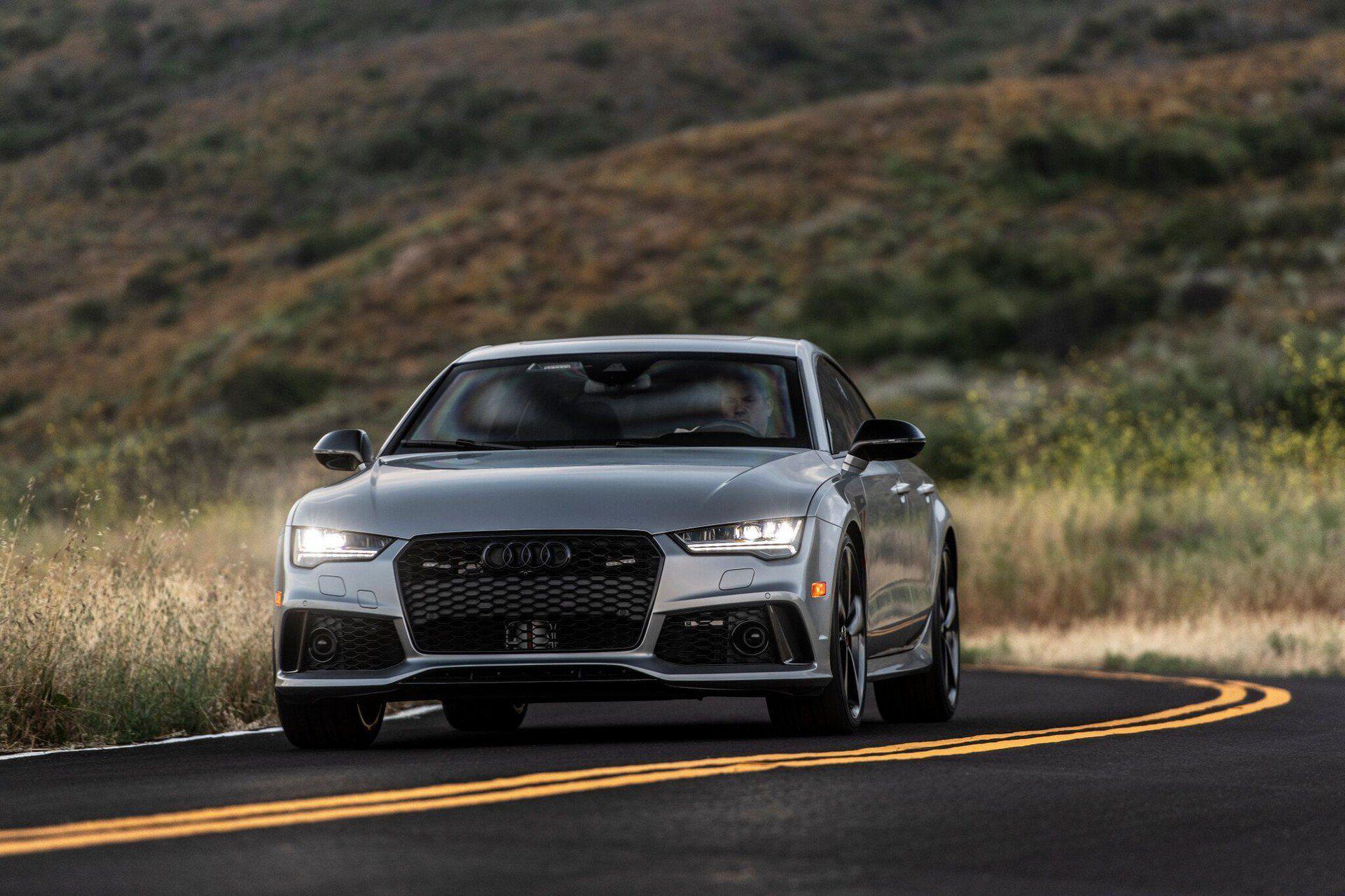 Biến Audi RS7 Sportback thành xe bọc thép nhanh nhất thế giới - 1