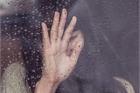 Quá khứ đen tối khiến tôi lo sợ cho câu chuyện tình yêu đẹp như mơ của mình