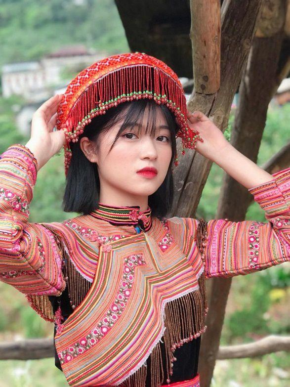 Xao xuyến nét đẹp trong sáng của cô gái dân tộc Giáy - 6