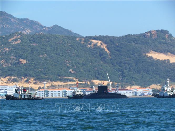 """Cận cảnh 6 """"Hố đen đại dương"""" thuộc Lữ đoàn Tàu ngầm của Hải quân Việt Nam - 4"""