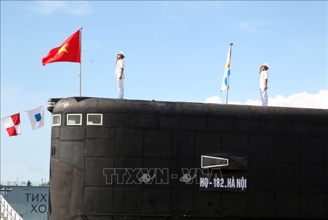 """Cận cảnh 6 """"Hố đen đại dương"""" thuộc Lữ đoàn Tàu ngầm của Hải quân Việt Nam - 12"""
