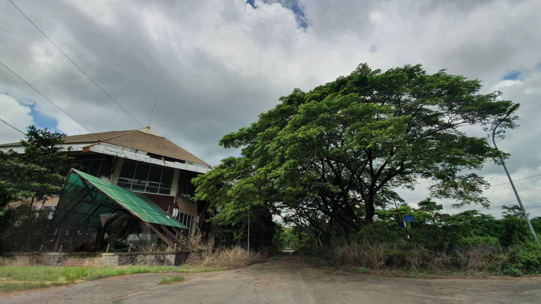 La liệt chung cư, biệt thự bỏ hoang ở Nhơn Trạch - 7