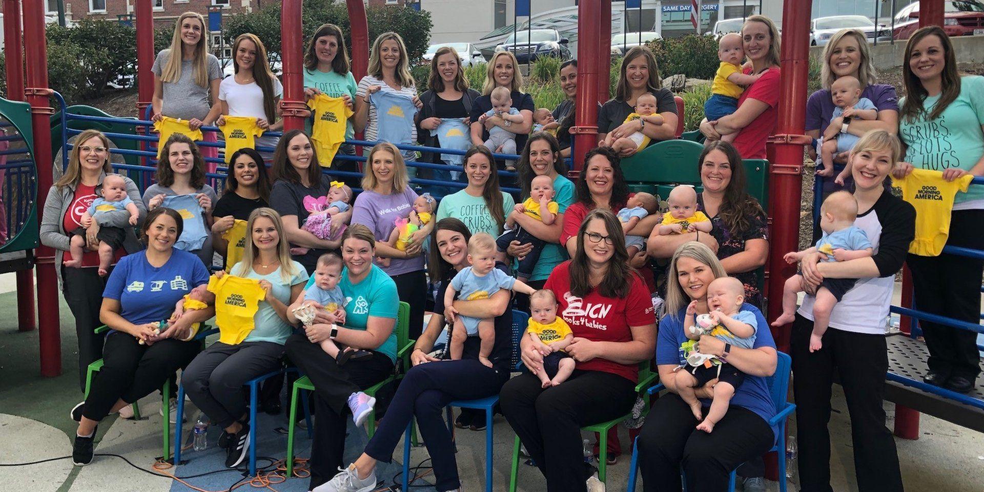 Ghé thăm bệnh viện có 36 y tá cùng mang thai và sinh con trong 1 năm - 1