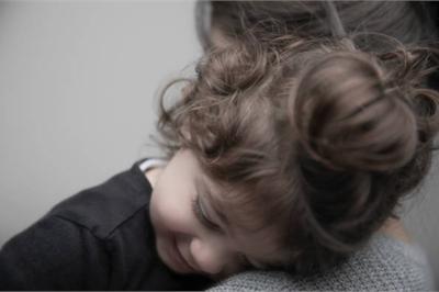Sao suy nghĩ của bố mẹ luôn khác con?