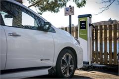 Trạm sạc xe điện ở Anh còn nhiều hơn trạm xăng