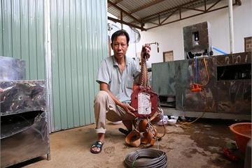 Bác nông dân Tây Nguyên chế tạo máy rửa chén công nghiệp