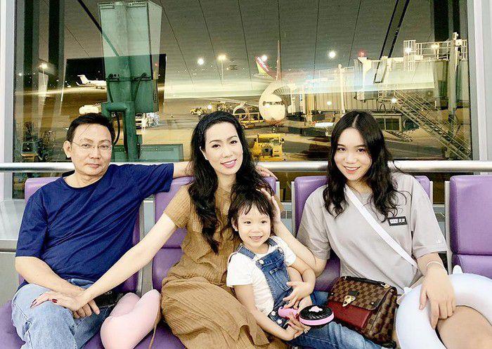 """Á hậu Trịnh Kim Chi: """"9 năm yêu Quyền Linh, có nhiều biến cố xảy ra..."""" - 6"""