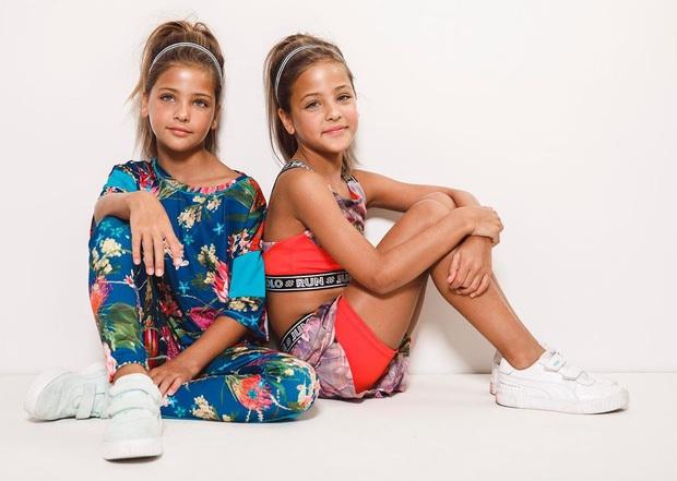 Cặp song sinh đẹp nhất thế giới: Mới 9 tuổi đã kiếm được hàng triệu đô la mỗi năm - 12