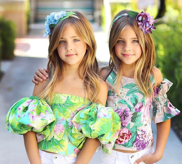 Cặp song sinh đẹp nhất thế giới: Mới 9 tuổi đã kiếm được hàng triệu đô la mỗi năm - 1
