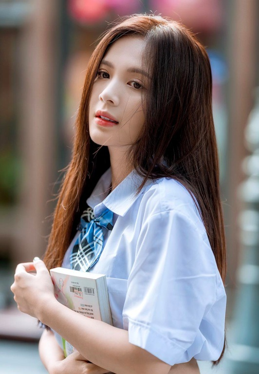 Thiếu nữ Hà thành xinh đẹp hút hồn, kiếm hàng chục triệu đồng mỗi tháng - 2