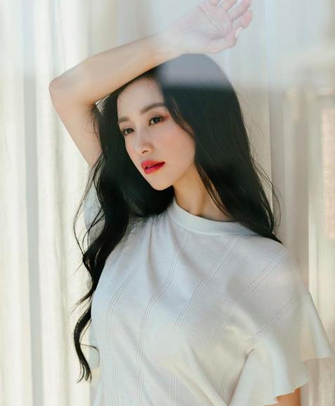 Hot girl Jun Vũ khoe tăng cân, ngày càng gợi cảm khi có da có thịt - 4
