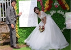 Độc đáo 'ảnh cưới' bằng đồ thị, ADN của thầy dạy Sinh và cô dạy Toán