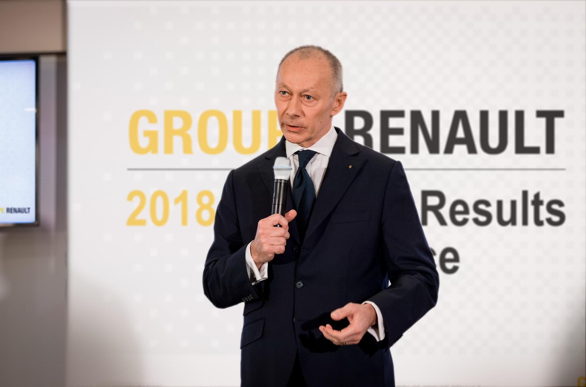 Renault thẳng tay sa thải giám đốc điều hành - 1