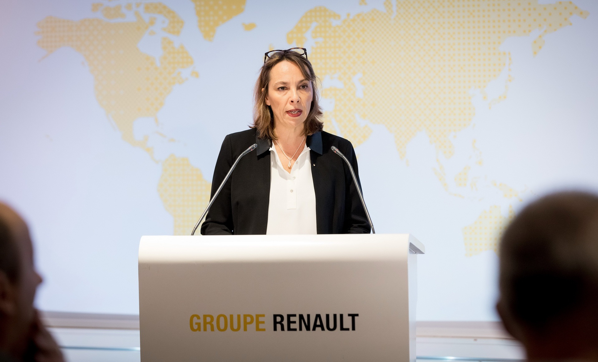 Renault thẳng tay sa thải giám đốc điều hành - 2