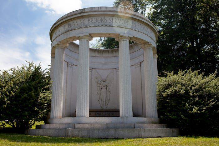 Bên trong nghĩa trang của giới nhà giàu - 5