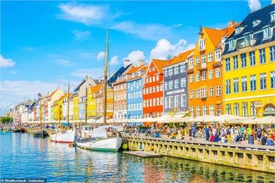 Những thành phố quyến rũ du khách bởi màu sắc độc đáo