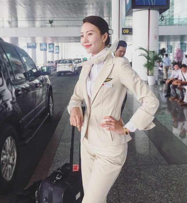 3 nữ tiếp viên hàng không Việt Nam gợi cảm khi rời đồng phục bay - 17