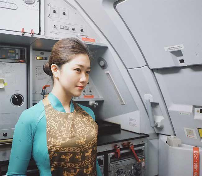 3 nữ tiếp viên hàng không Việt Nam gợi cảm khi rời đồng phục bay - 9