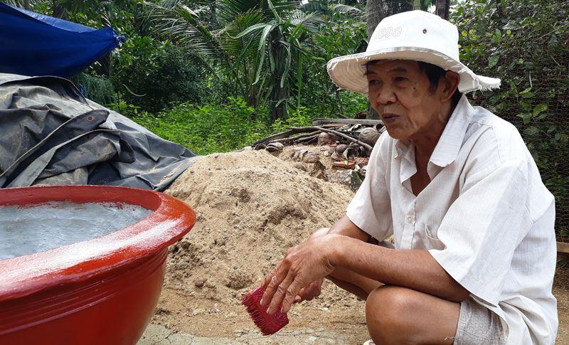 Lão nông xin rút khỏi hộ nghèo vì không muốn Nhà nước bảo trợ mãi - 1