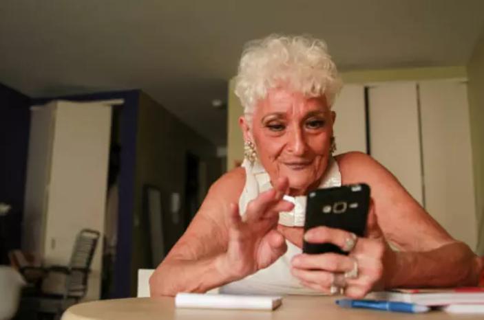 Cụ bà 83 tuổi đi tìm chân ái sau 1 thập kỷ chỉ tình 1 đêm - 2