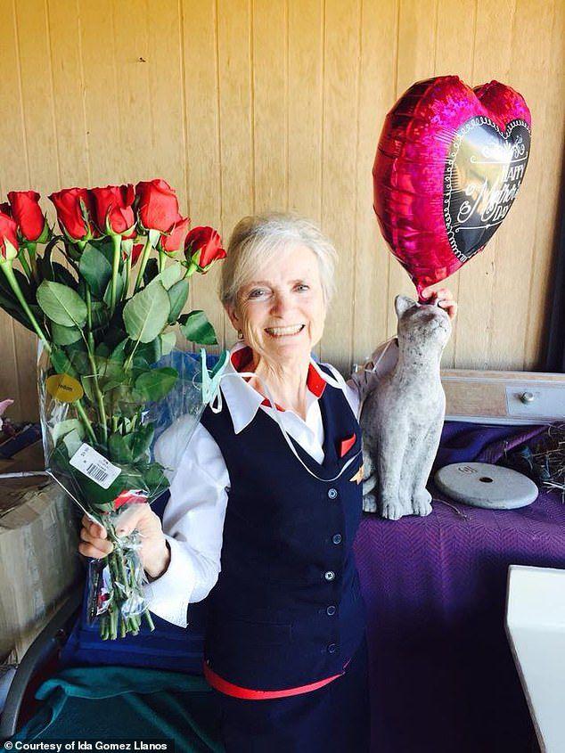 Nữ tiếp viên hàng không 79 tuổi kiện hãng bay vì bịđuổi việc - 4