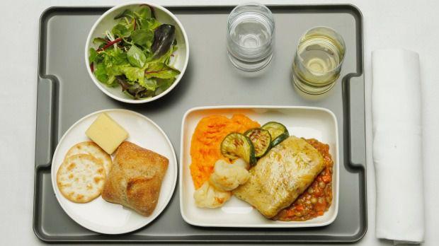 Tại sao các phi công luôn dùng suất ăn khác với phần ăn của hành khách? - 1