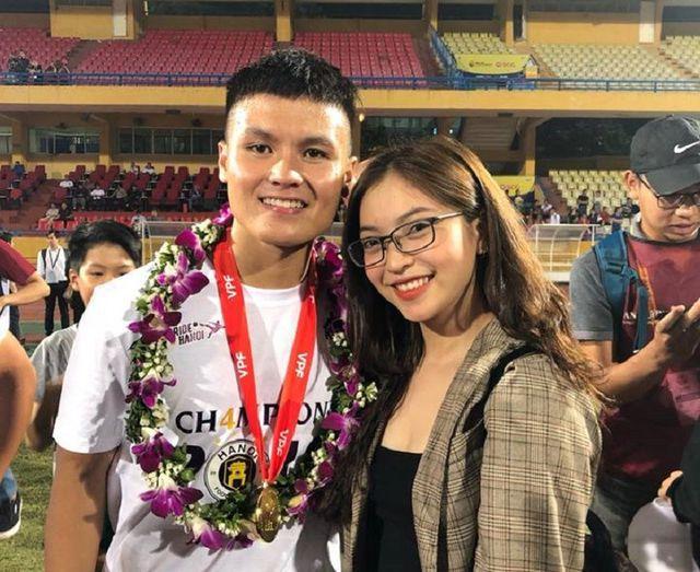 Dân mạng tiếc nuối chuyện tình 3 năm của Quang Hải - Nhật Lê - 1